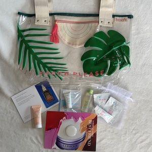 BENEFIT Beach Bag + Skin Care Samples NWT